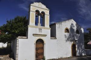 Kleine Kirchen findet man überall auf Paxos.