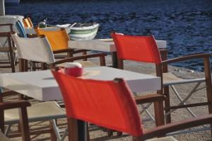 Bar in der Bucht von Mongonisi