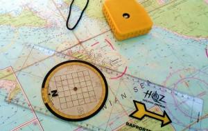 Peilen und Loten - Meist mit Handkompass und Seekarte.