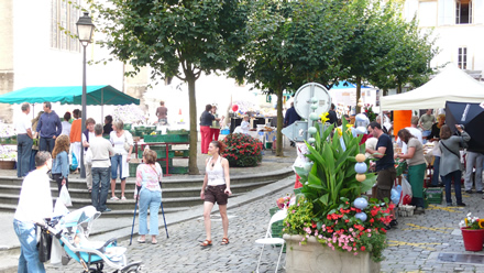 Wochenmarkt in Estavayer-le-Lac