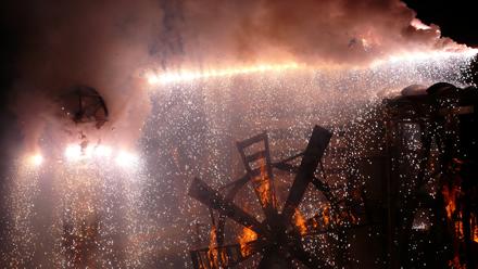 Luginbühl: Die Skulptur brennt