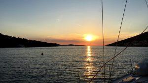 An der Boje von Kaprije - Sonnenuntergang